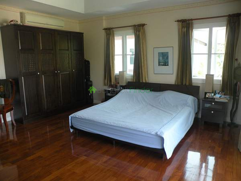 Address not available!, 5 Bedrooms Bedrooms, ,4 BathroomsBathrooms,House,For Sale,Sukhumvit,5211